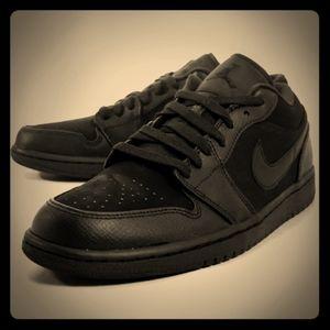 Nike Air Jordan1 Retro Low shoes sneakers size 9